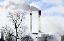 Termomodernizacja rozwiąże problem smogu? O nowym programie rządu opowiada Konrad Witczak