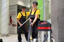 Jak zatrudnić sprzątaczkę do firmy?
