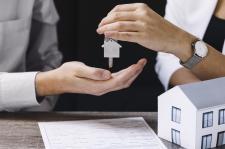 Jak wybrać odpowiednie biuro nieruchomości?