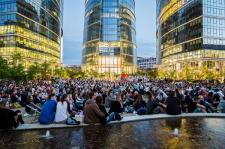Somfy zaprasza do kina letniego na Placu Europejskim w Warszawie