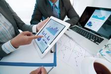 Przedsiębiorcy coraz chętniej korzystają z narzędzi do samodzielnej windykacji - raport
