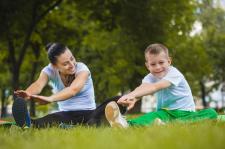 Jesteś mamą małego sportowca? Poradź sobie z każdym zranieniem