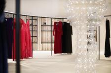 Moda na design, czyli gigantyczna lampa BUBBLES od PUFF-BUFF w butiku August Pfuller we Frankfurcie