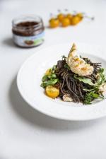 Pastena pasta z suszonych pomidorów z oliwkami OLE! – aromatyczny dodatek do niebanalnych przekąsek