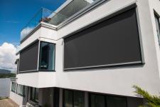 Ekrany Light Control od firmy Awilux - ochrona przed słońcem i prywatność we wnętrzu