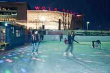 Świąteczny Wola Park zaprasza na lodowisko