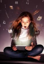Cyberprzestrzeń i dziecko – czyli jak nauczyć najmłodszych bezpiecznego poruszania się w sieci.