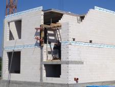 Termoizolacyjność  budynku –  jak uchronić dom przed utratą ciepła?