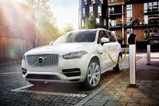Napęd hybrydowy we wszystkich nowych Volvo