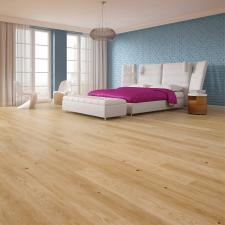 Design tkwi w szczegółach - idealne połączenie podłogi i listwy