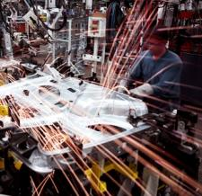 Przedsiębiorstwa przemysłowe mogą zaoszczędzić miliony używając odpowiednich środków smarnych